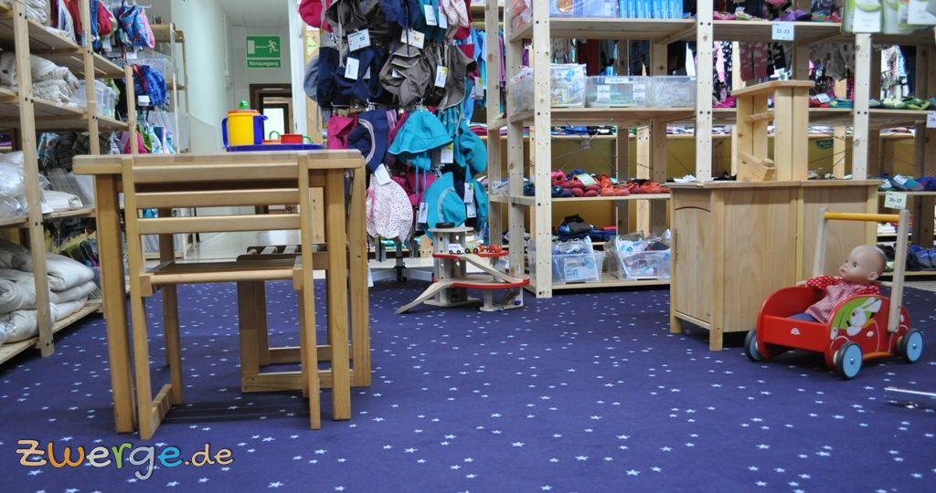 Parkgarage und Spielküche im Babyladen ZWERGE.de in Weinsberg