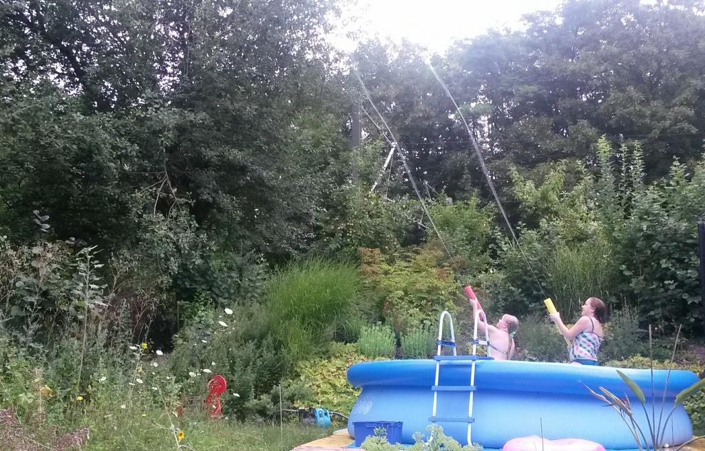 Wasserspritze von aquajet - spritzt bis zu 15 Meter weit